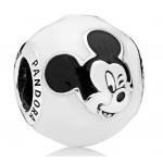 Charm en plata de ley Mickey Expresivo